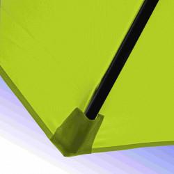 Parasol Lacanau Vert Lime 300 cm Bois Manivelle : detail de la toile et de sa mise en place sur la baleine en bois