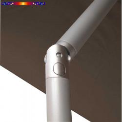 Parasol Biarritz 2x2 Gris Taupe : détail de l'inclination du mât