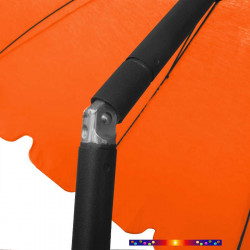 Parasol Orange Mandarine 200 cm design italien : détail en position inclinée