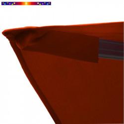 Toile 3x3 pour Parasol déporté Biscarrosse Rouge Terracotta : détail du fourreau de fixation de la toile sur la baleine