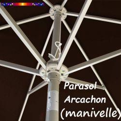 Parasol Arcachon Mocca 300 cm Alu Manivelle : détail de l'armature et de l'inclinaison